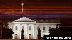 شورای امنیت ملی کاخ سفید یادآوری کرده که ایالات متحده تحریمها علیه ایران در حوزه فلزات را گستردهتر کردهاست