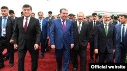 په تاجکستان کې د کاسا زر پروژې د پرانیستې مراسم.
