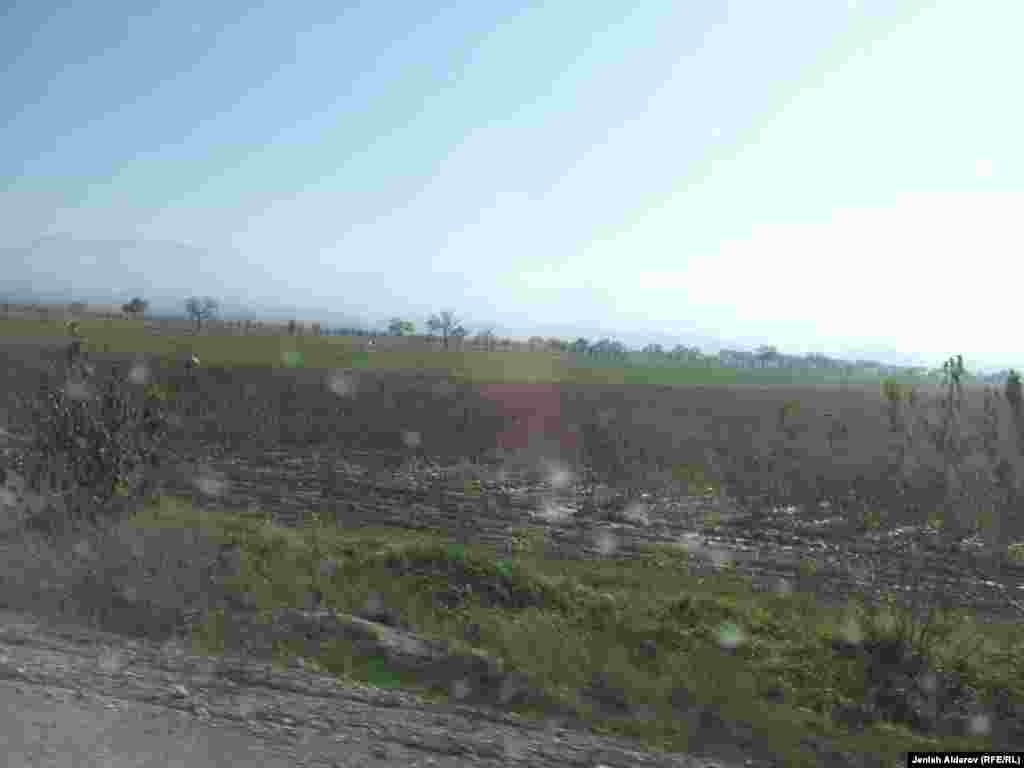 Более того, пограничники Узбекистана ранили в ходе инцидента еще пятерых своих граждан.