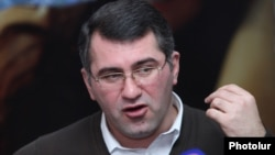 Armenia -- Deputy chairman of the Heritage Party, Armen Martirosian, at a press conference, Yerevan, 22Feb2013.