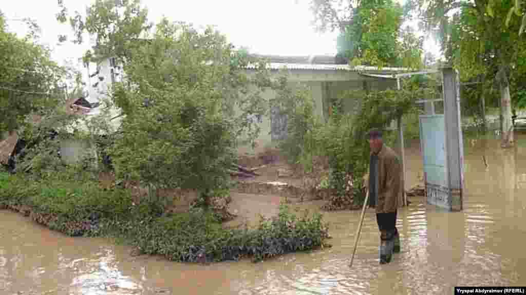 Джалал-Абадская область вновь оказалась во власти водной стихии