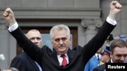 Tomislav Nikolić stiže na polaganje zakletve, 31. maj 2012.