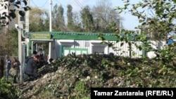 რუსეთის ბლოკ-პოსტი ნაბაკევ-ხურჩის ადმინისტრაციულ საზღვარზე