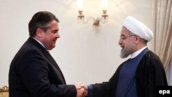 Իրանի նախագահ Հասան Ռոհանիի հանդիպումը Գերմանիայի էկոնոմիկայի նախարար Սիգմար Գաբրիելի հետ, Թեհրան, 20-ը հուլիսի, 2015թ.