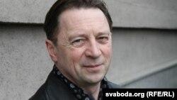 Алесь Смалянчук