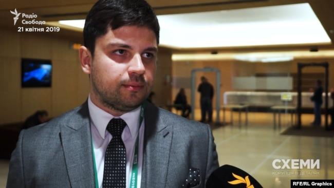 Адвокат команди Зеленського Олександр Качура заявив, що як юрист він бачить достатньо причин для розпуску Верховної Ради