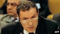 Sabiq prezident Levon Ter-Petrosyan, 1996
