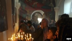 Церковь традиционно имеет самый высокий рейтинг доверия среди грузинского населения