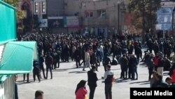 اعتراضات به افزایش بهای بنزین در ایران