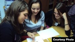 Nxënëse në Maqedoni