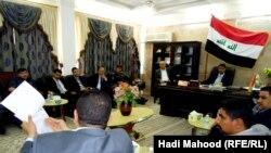 جانب من إجتماع مناقشة عمل المولدات في محافظة المثنى