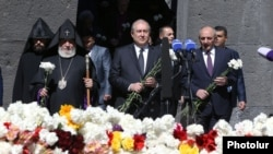 Armenia - President Armen Sarkissian and Catholicos Garegin II visit the Armenian genocide memorial in Yerevan, 24 April 2018.