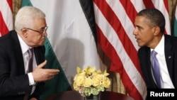 باراک اوباما (راست) و محمود عباس