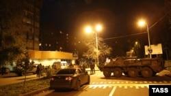 Vojna vozila u ulici gde je ubijen Arsenij Pavlov