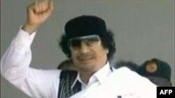 Муаммар Каддафидің бұл суретін сириялық телеарна көрсетіп, хабар таратты. 8 қыркүйек. 2011