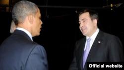 საქართველოს პრეზიდენტი მიხეილ სააკაშვილი შეერთებული შტატების პრეზიდენტ ბარაკ ობამას შეხვდა ვაშინგტონში
