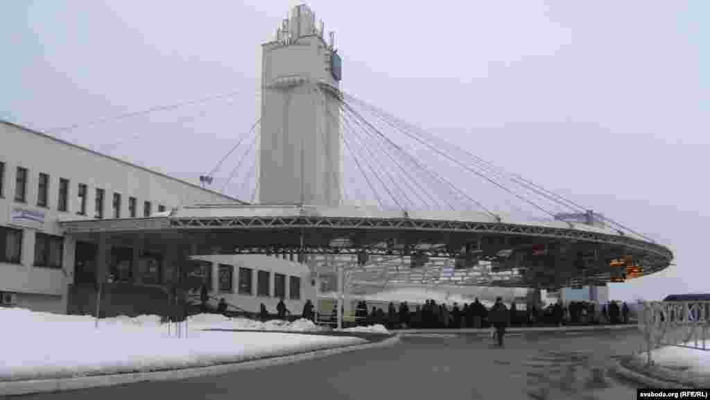 Аўтаваказал Маскоўскі дапачатку пабудовы «Газпрам-цэнтру». Люты 2013году.