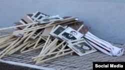 """Выброшенные плакаты после марша """"Бессмертного полка"""""""