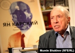Актер Сергей Юрский