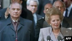 Liderul sovietul Mihail Gorbaciov și premierul britanic Margaret Thatcher, Londra, 6 aprilie 1989.