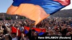 Miercuri la demonstrațiile de la Erevan