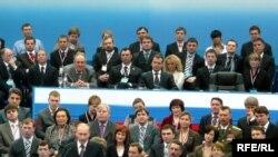 Путинны тыңлаучылар арасында Татарстан президенты да бар