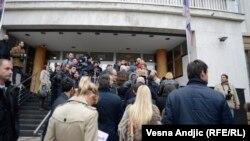 Gužva ispred zgrade suda pred početak suđenja Miškoviću