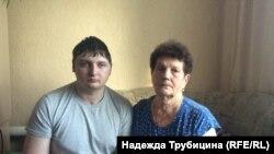 Влад с бабушкой