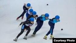 Женская сборная Казахстана по шорт-треку на Универсиаде в Алматы.