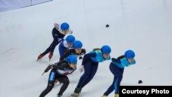 Құрамы оңтүстіккореялық Ким Йонг Амен толыққан Қазақстанның эстафета командасы.