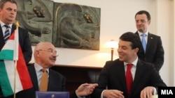 Mинистрите за надворешни работи на Македонија и Унгарија, Никола Попоски и Јанош Мартоњи