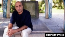 Blogger and activist Sattar Beheshti had issued an official letter to the head of Evin prison on October 31 complaining about torture and beatings during his interrogation.