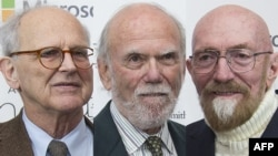 Rainer Weiss, Barry Barish și Kip Thorne (de la stânga la dreapta)