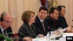 Дијалог ЗНМ-Влада, 2011.