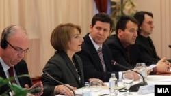Дијалог ЗНМ - Влада, 2011.