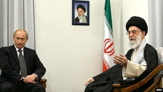 "Russian ""national leader"" Vladimir Putin met with Iranian Supreme Leader Ayatollah Ali Khamenei in October 2007."