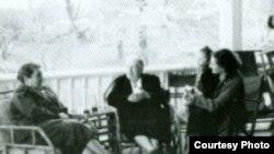 Александра Львовна с Татьяной Шафус, Ольгой Михайловной Толстой и ее дочерью Машей, 1955