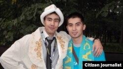 Кыргызский и казахстанский парни. Иллюстративное фото.