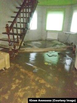 Дом Аникеевых после потопа