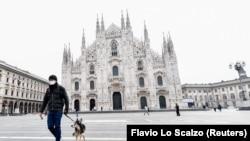 Միլանի հանրահայտ Դուոմո գլխավոր հրապարակը գրեթե դատարկ է, Իտալիա, 10 մարտի, 2020թ.