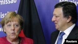 Канцлер Германии Ангела Меркель и глава Европейской комиссии Жозе Мануэл Баррозу