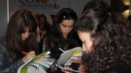 Të rinjtë, skeptikë për punësim në profesionin e tyre
