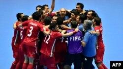ملی پوشان فوتسال ایران، سوم مهر ماه، در فاصله بیست و دو ثانیه به پایان بازی موفق شدند با ثبت گل برتری، پس از ۲۴ سال بار دیگر به جمع چهار تیم نهایی جام جهانی صعود کنند
