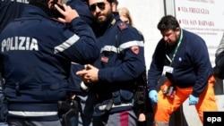Policija, Italija, fotoarhiv