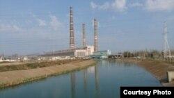 Тепловая электростанция в Сырдарьинской области.