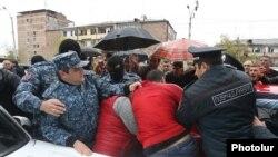 Девятый день антиправительственных демонстраций в Армении. Ереван, 21 апреля 2018 г.