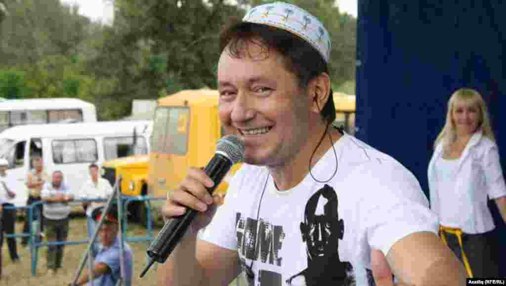 Җырчы Айдар Галимов