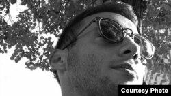 Дамјан Николовски, волонтер во Македонска платформа против сиромаштија