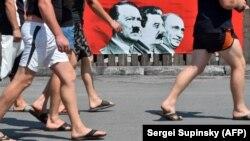 Банер у центрі Києва під час війни Росії проти України. Липень 2014 року (ілюстративне фото)