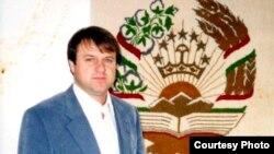 Cафармад Рустамов( акс аз бойгонии хонаводаи Рустамовҳо)